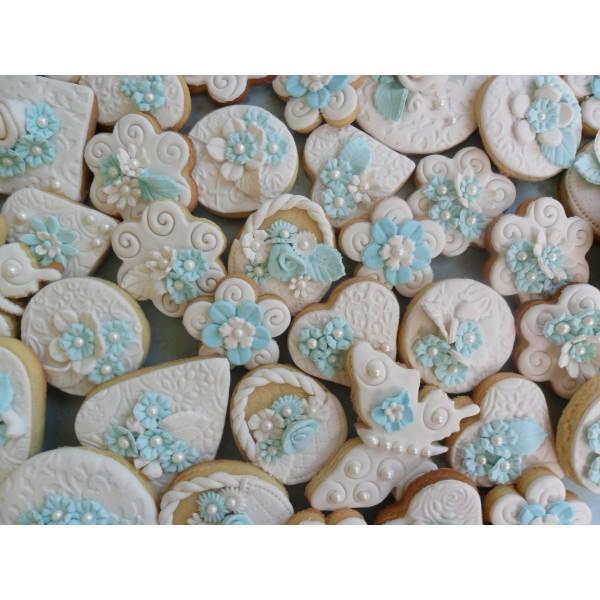 heart wedding cookie